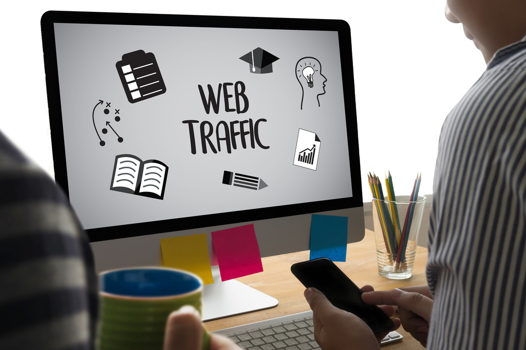 Free paid website traffic estimator tools